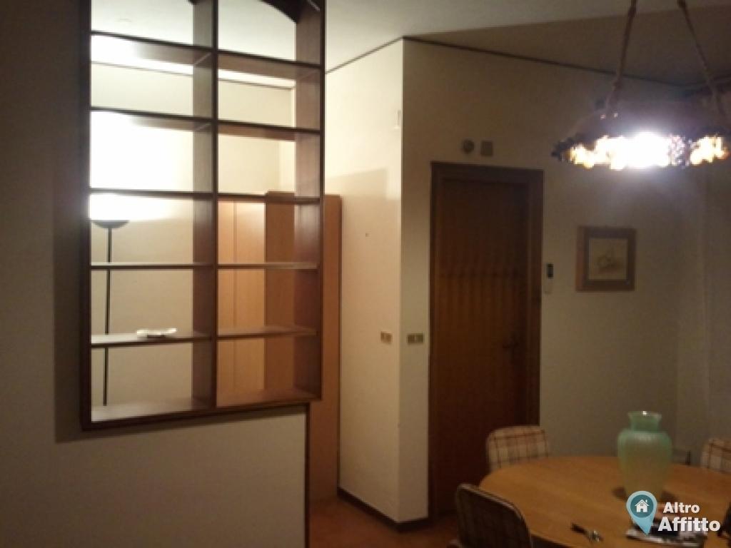 Appartamento monolocale a palermo in via belgio di 40mq a for Monolocale arredato palermo